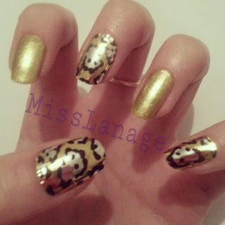 31-day-challenge-gold-manicure