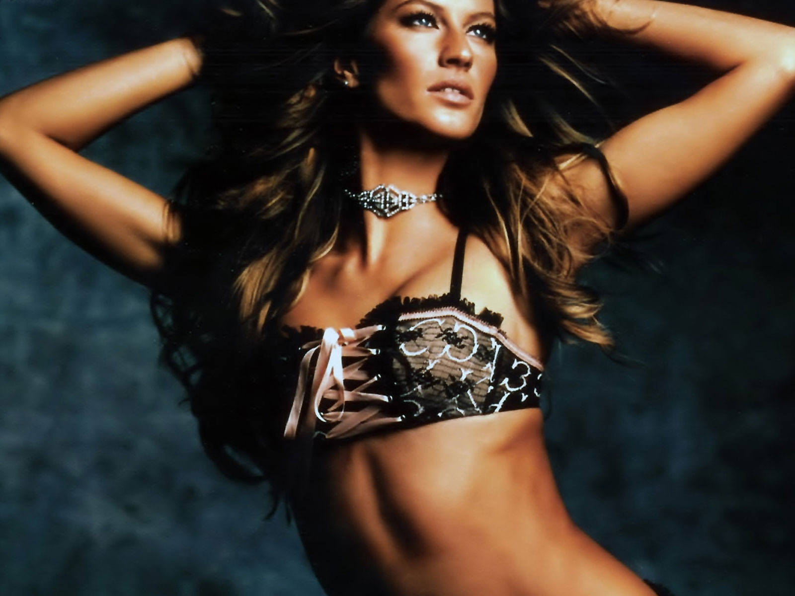 Gisele Bundchen Wallpapers