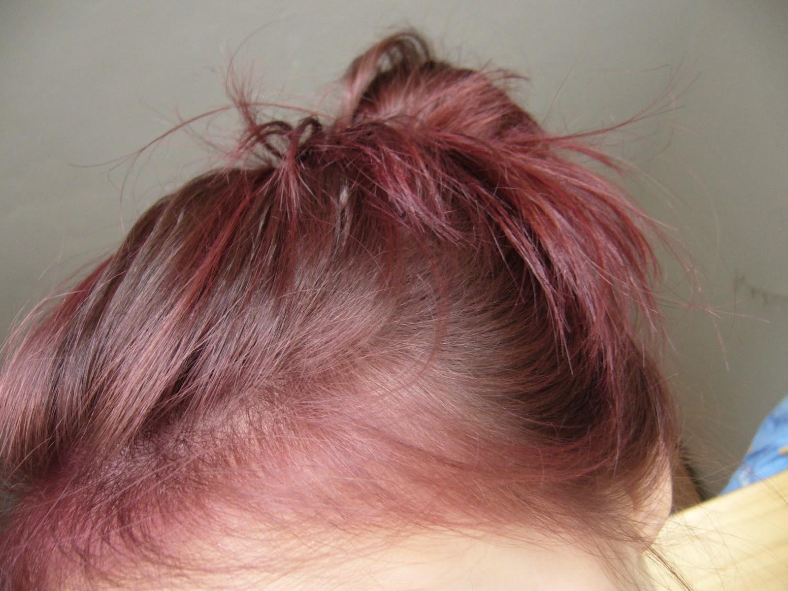 tónovací pěna na vlasy