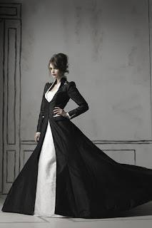 готичное свадебное платье для зимы