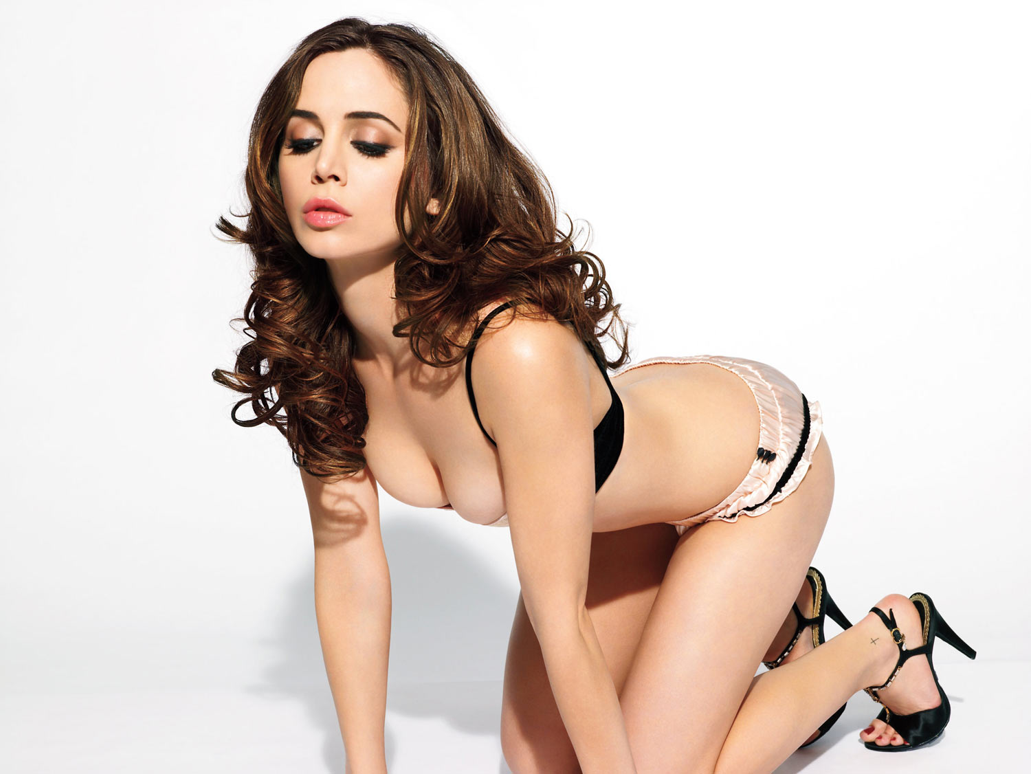 Eliza Dushku – Photoshoot By James White