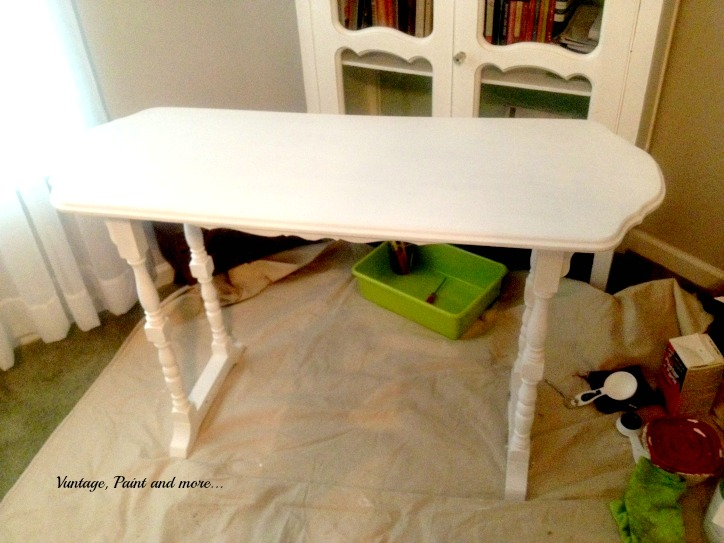 Vintage, Paint and more.. white painted table, painting with DIY chalk paint, upcycling a thrifted table