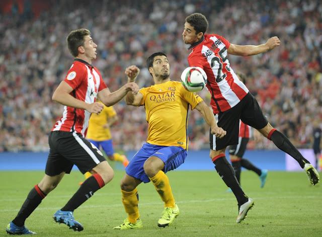 Barcelona foi derrotado por 4 a 0 na ida da Supercopa da Espanha (Foto: Ander Gillenea/AFP)