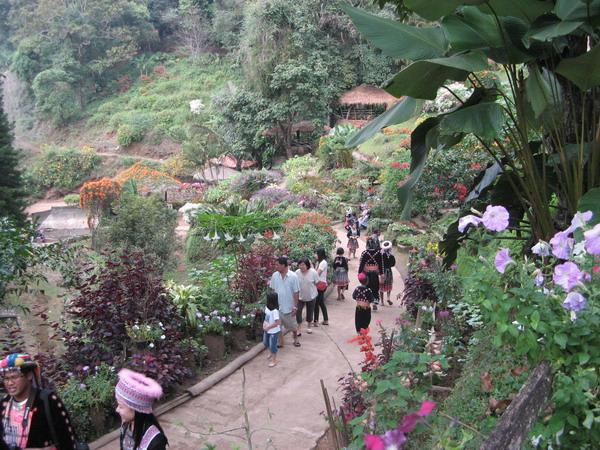 ThailandHoneymoon; Doi Pui Hilltribe Hamlet - Chiang Mai Attractions