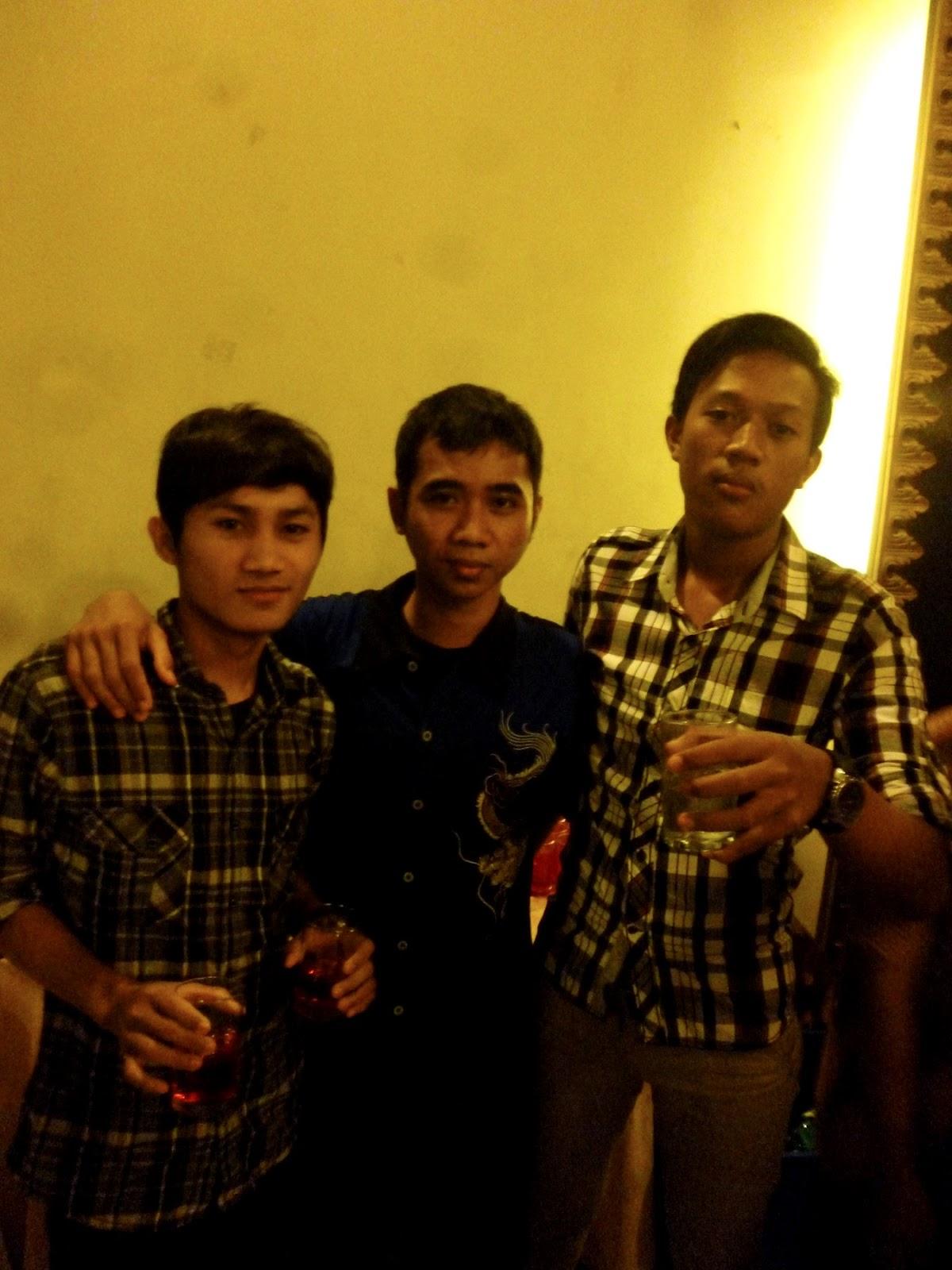 Kelas XII.IPS SMA SHAFTA Surabaya 2012-2013