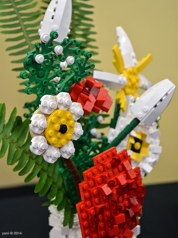 bricktopia - build me a posy