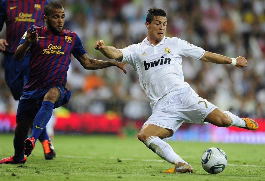 Real Madrid Vs FC Barcelona - Supercup 2011 (1) | FotoBolaCom