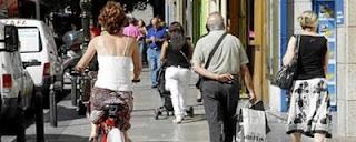 ciclista por zonas peatonales