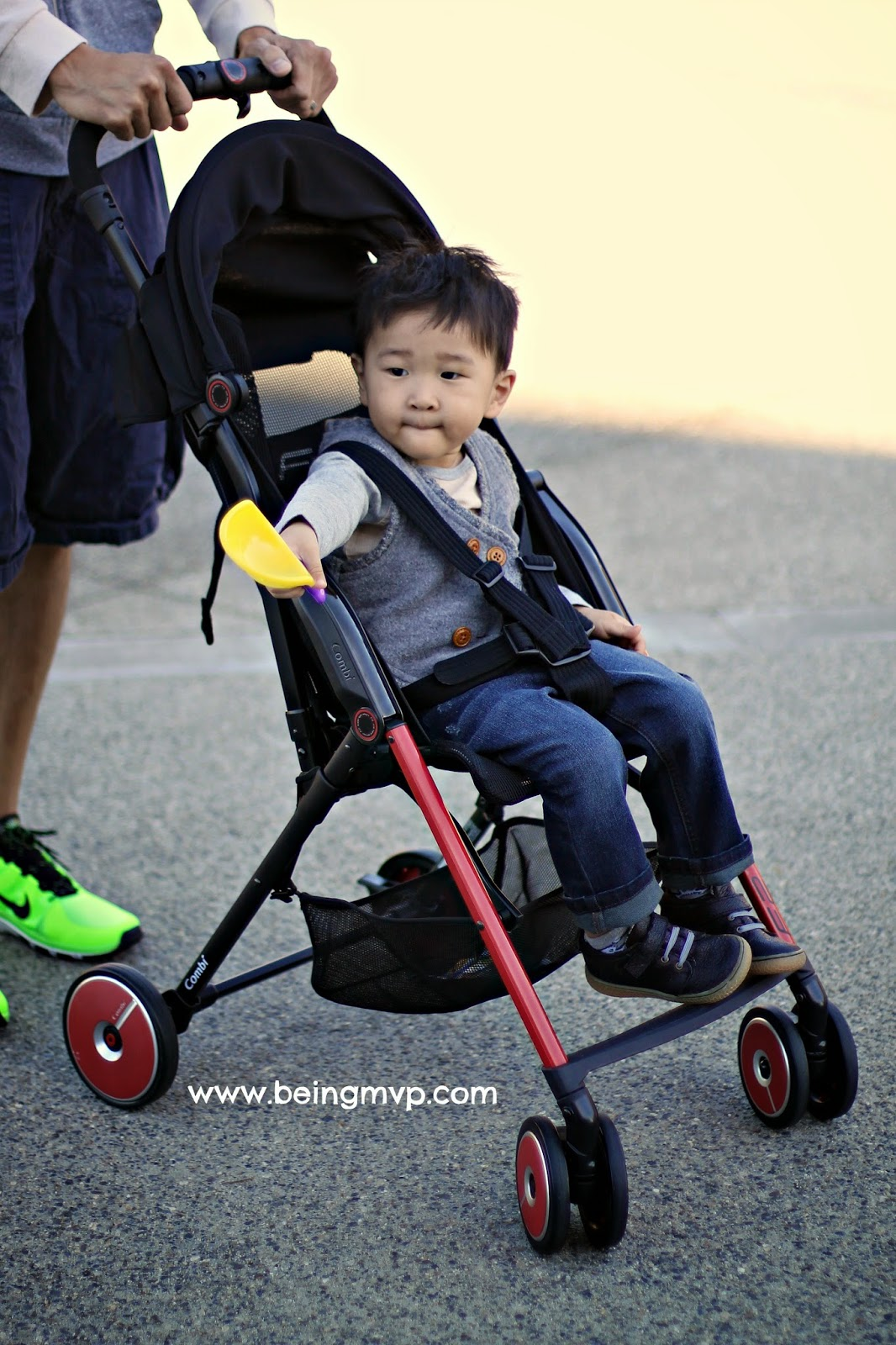 being MVP: Combi F2 Stroller Review