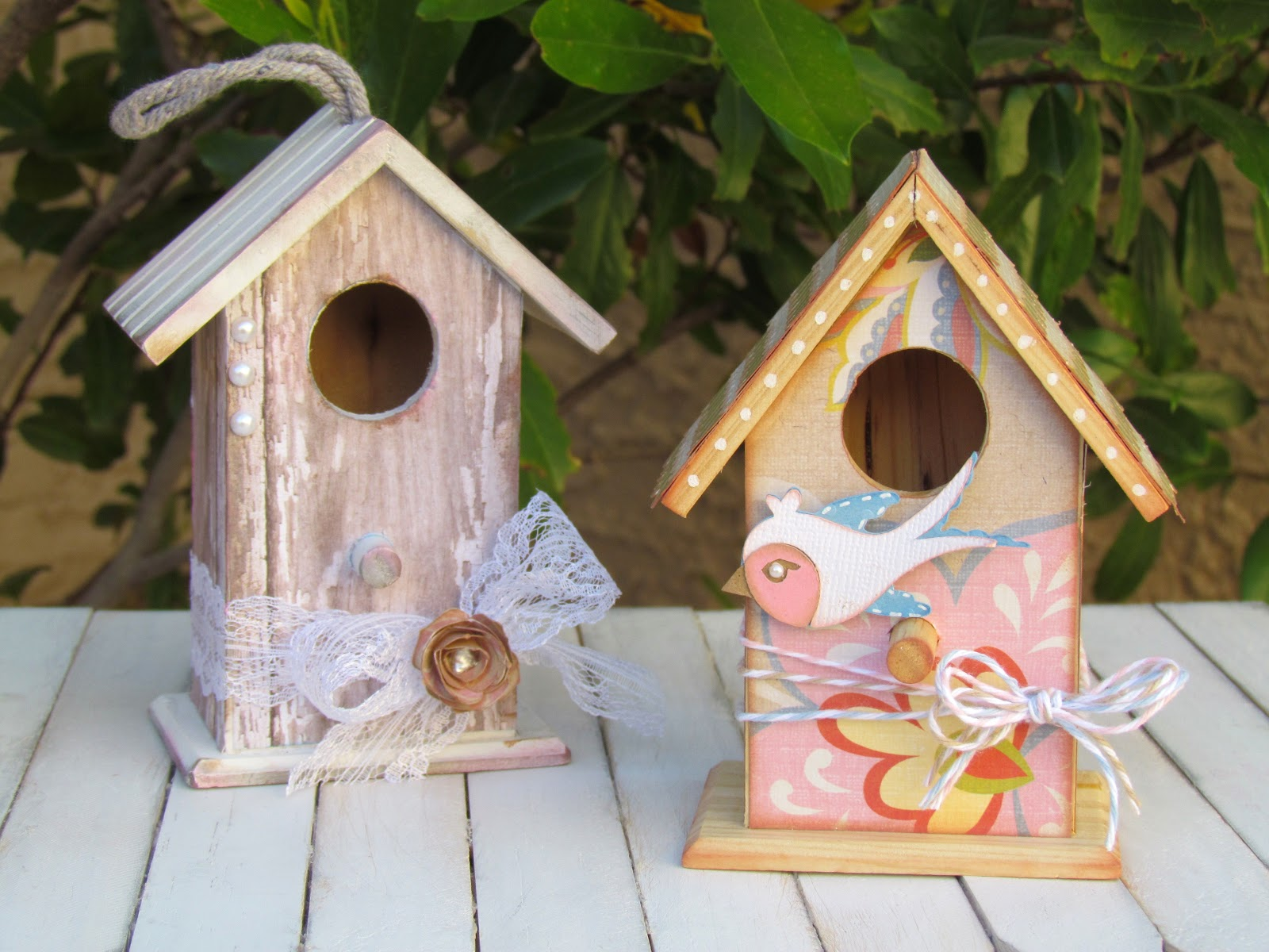 Wooden Birdhouses Ribbons Glue