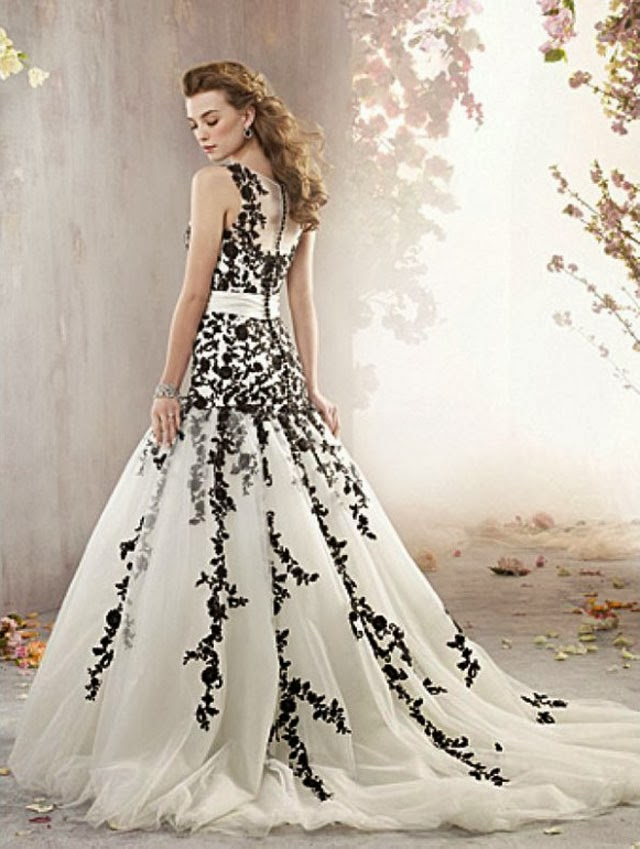Lace Back and Cap Sleeve Black And White Wedding Dress