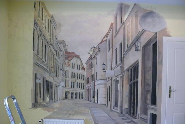 Mural, artystyczne malowanie ściany w gabinecie, Toruń