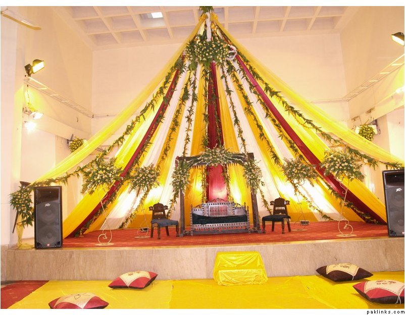 Mehndi And Mayon Decoration : Wedding function: stage