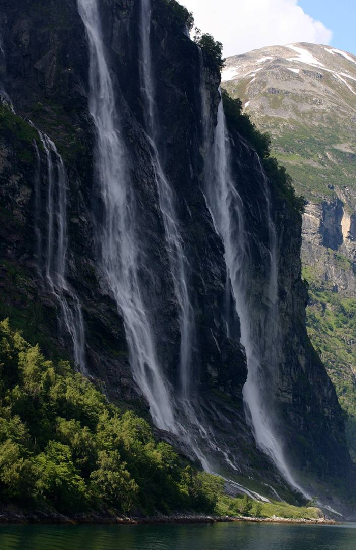 The Seven Sisters Waterfall making their way to the Geirangerfjord.