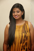 Actress Shalini latest glam pics-thumbnail-12