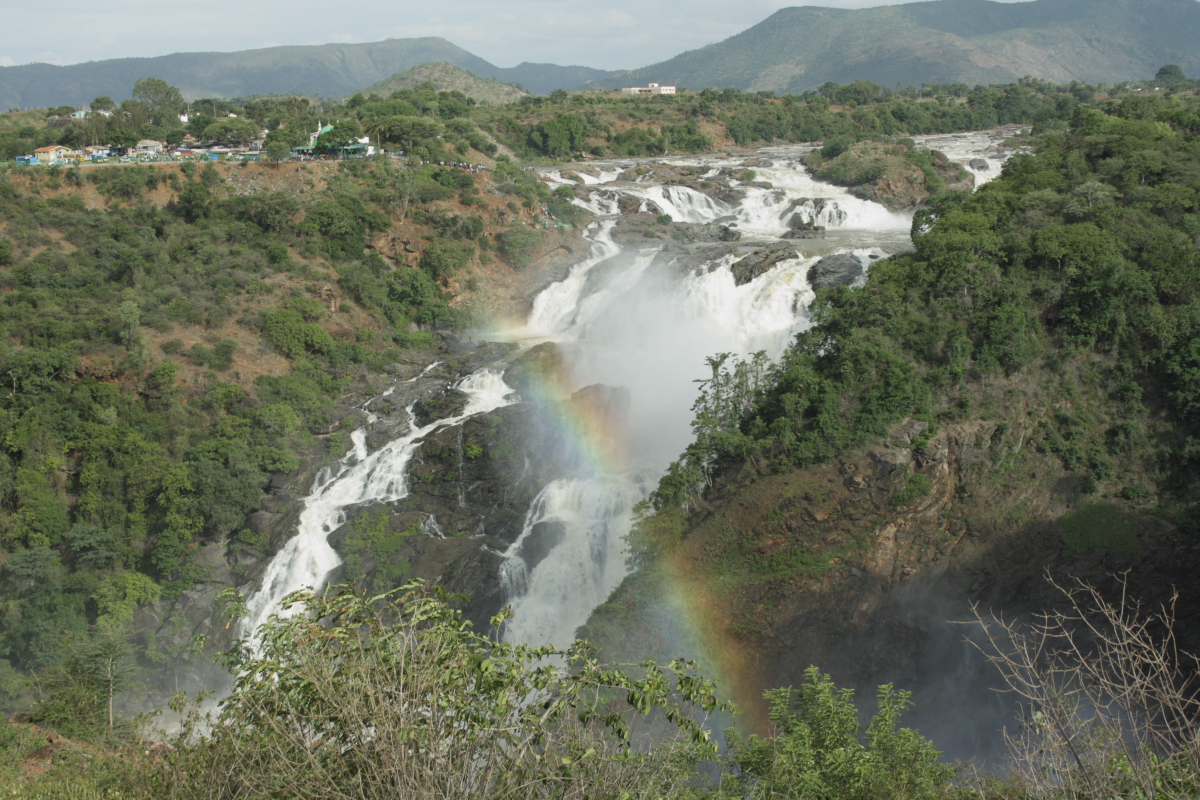 Rainbow at the Shivanasamudra Falls