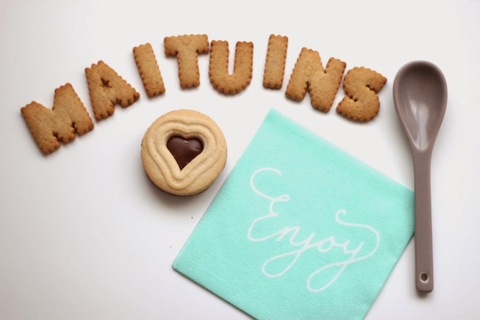 Maituins mai different things for Letras decoracion ikea