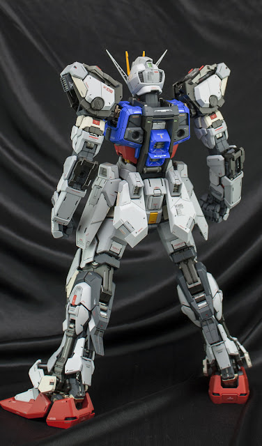 PG Aile Strike Gundam model kit