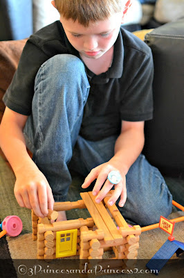 Lincoln Log set #KNEX