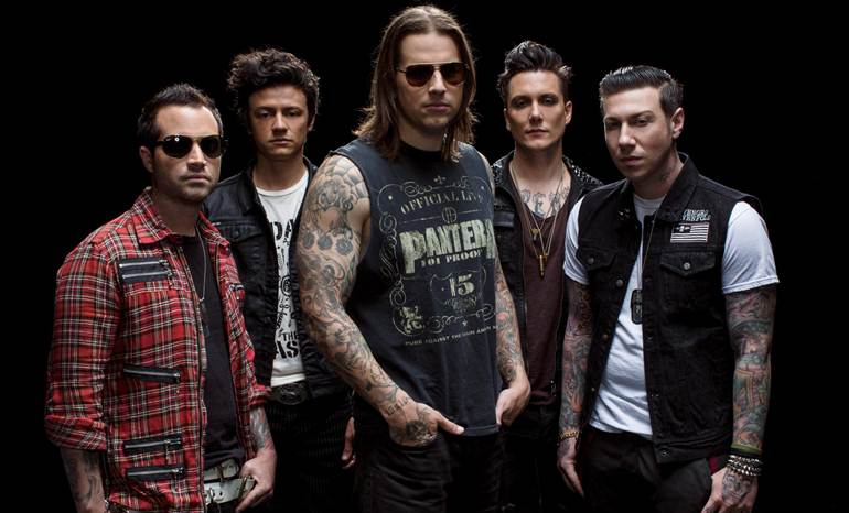 Pass the clich 233 music avenged sevenfold gig review