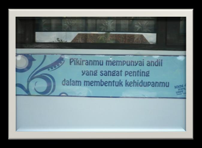 Sebagai contoh bentuk tulisan Logo/slogan/adagium tersebut antara lain