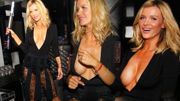 Joanna Krupa Flashes Titties
