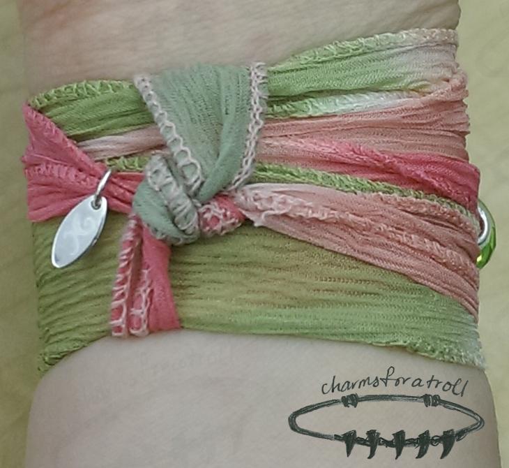 Novobeads Wild Rose Silk Wrap