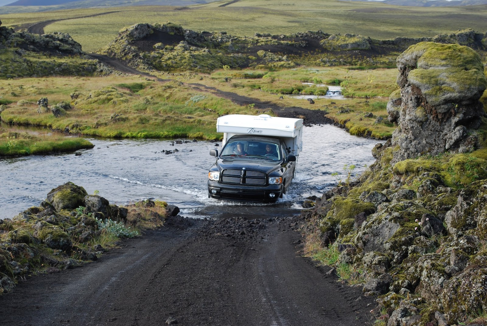 Car rental in iceland car comparison tips car hire article