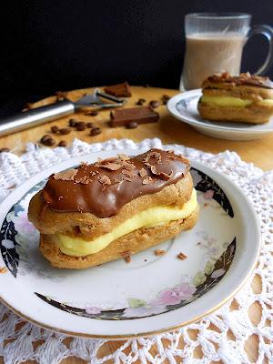 http://www.culinarycoutureblog.com/2014/03/mini-tiramisu-eclairs.html