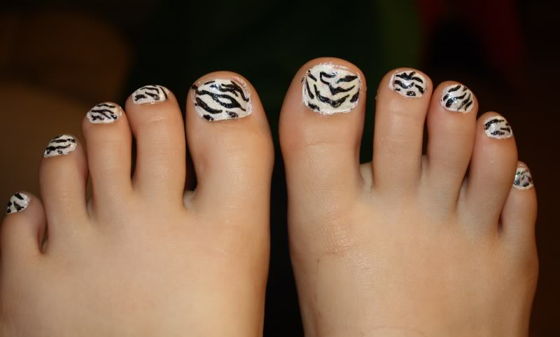 Henna Toe Nail Design Pictures | Joy Studio Design Gallery ...