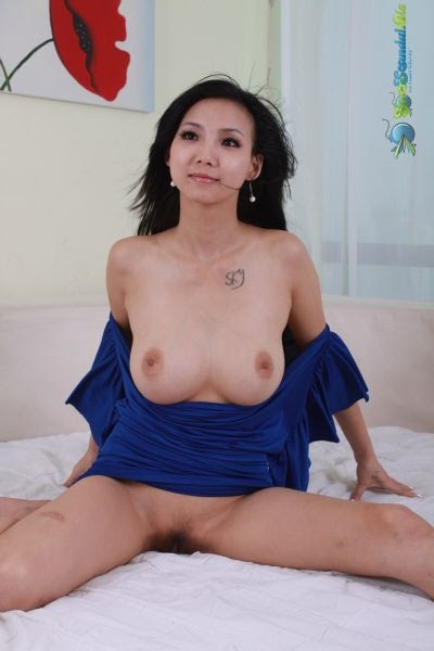 Chinese Big tits model YiYi Naked Photo Album- Yi Yi 依依