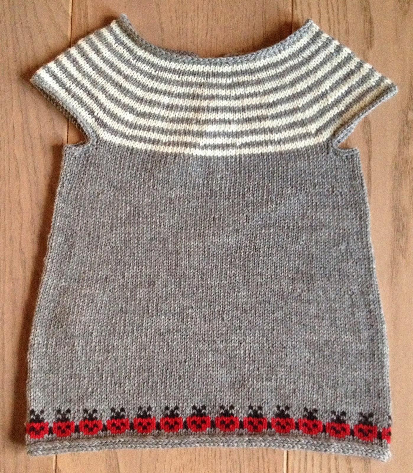 strikket tunika til baby