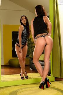 cumshot porn - sexygirl-66283_019-799116.jpg