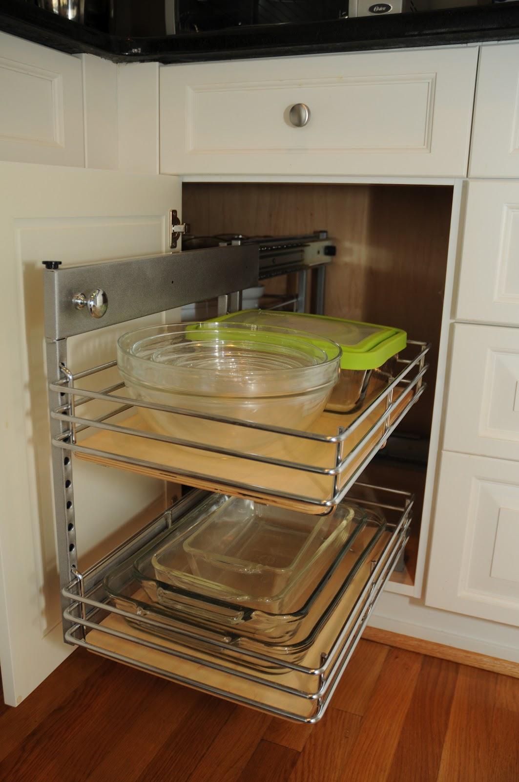 Kitchen With No Corner Cabinets