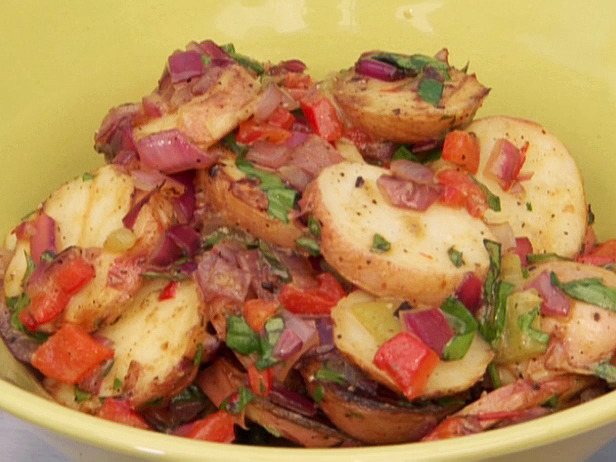 Potato Grilled Salad Recipe | Healthy Vegetable Recipe | recipesbetter