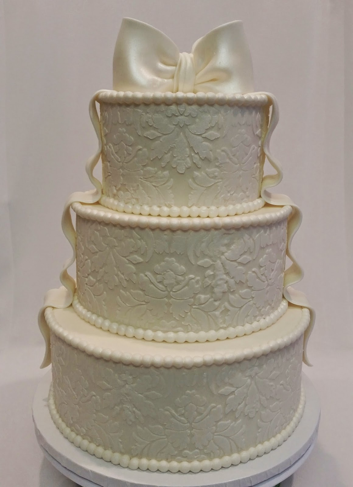 MyMoniCakes 3 Tiered Ivory Stencil Wedding Cake