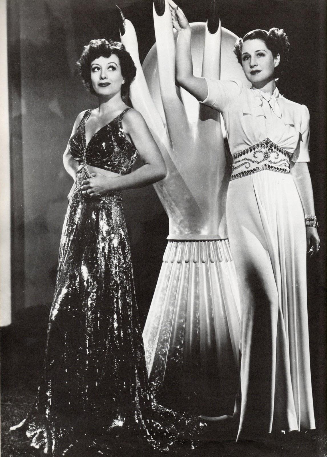 Joan+&+Norma+in+The+Women,+1939+design+adrian.jpg