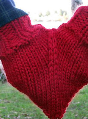 Unusual and Creative Gloves and Mittens (20) 13
