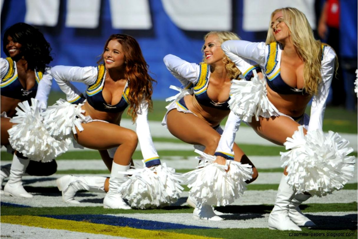 Top 10 Hottest NFL Cheerleader Teams  All Time Best