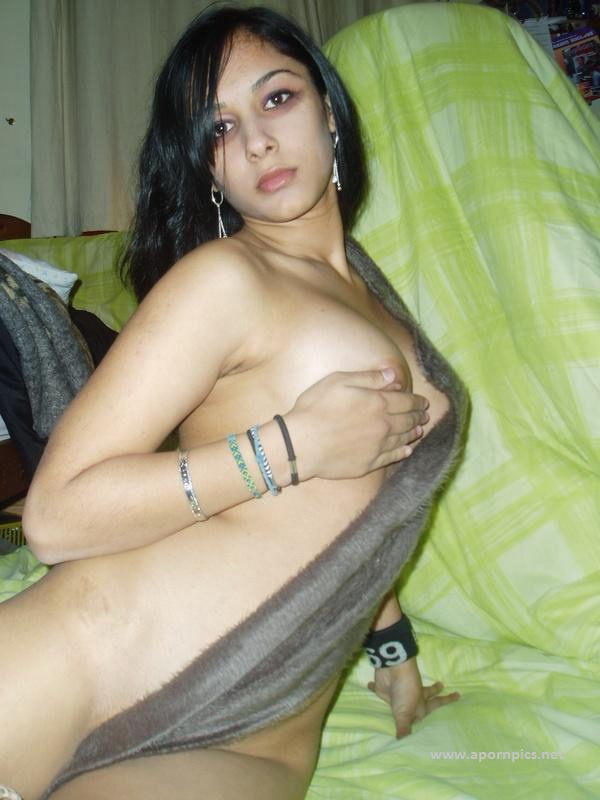 Pakistani girls having big boobs final