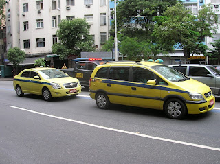 Taxi en Río de Janeiro, Brasil, La vuelta al mundo de Asun y Ricardo, round the world, mundoporlibre.com