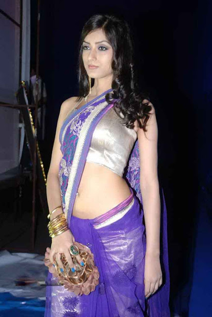 hot indian model saree navel
