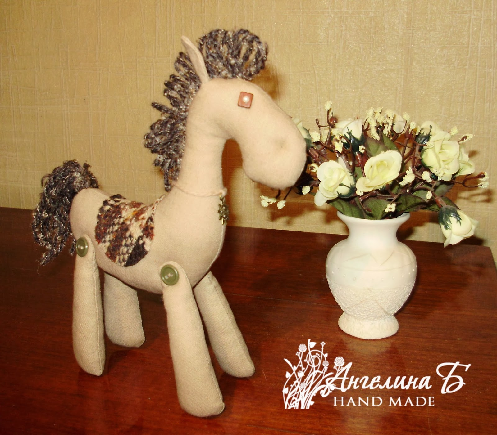 Текстильная игрушка лошадка символ