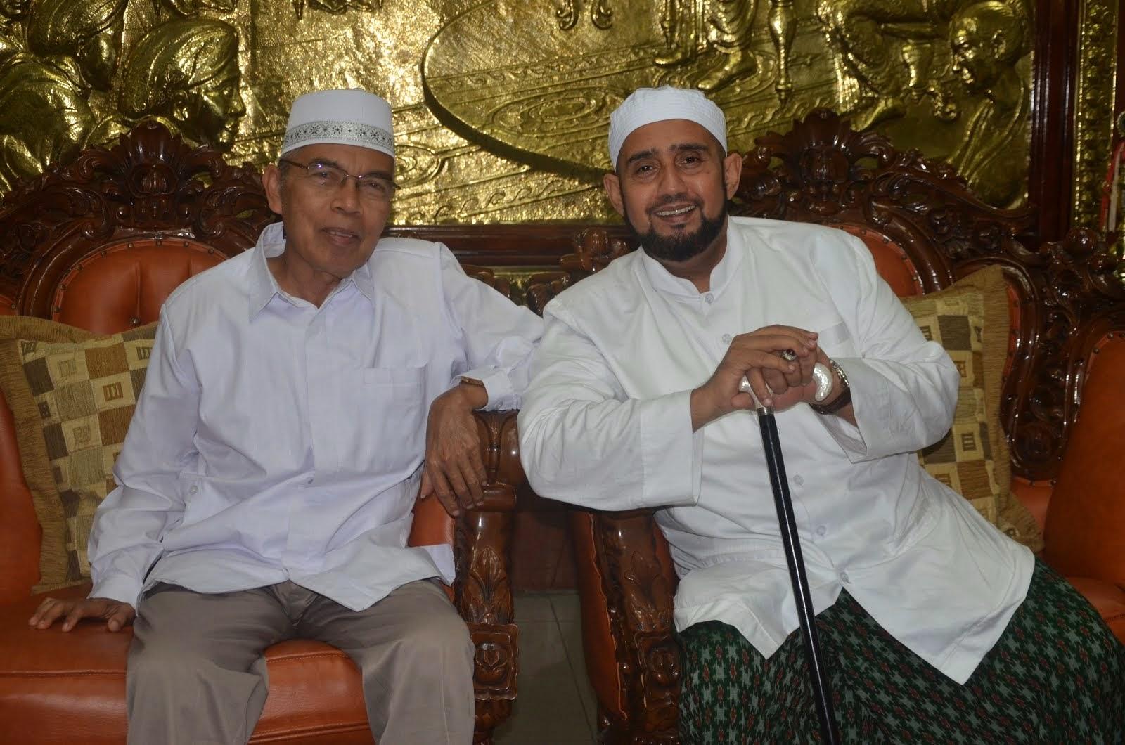 KH. Imam Shofwan & Habib Syech