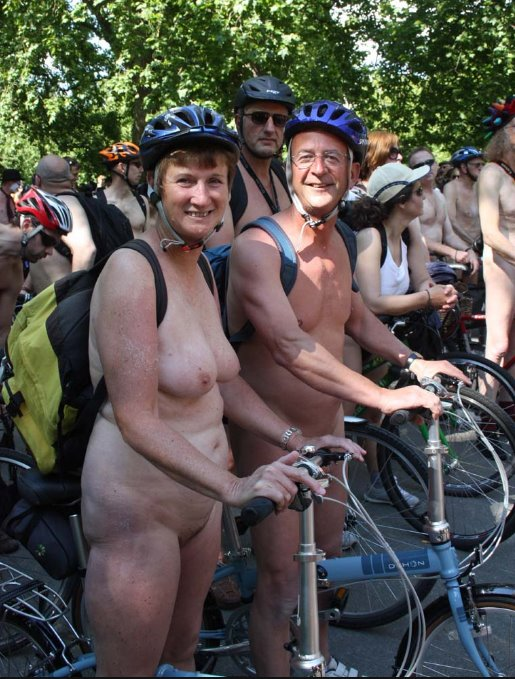 naked bike ride picture   nudist images