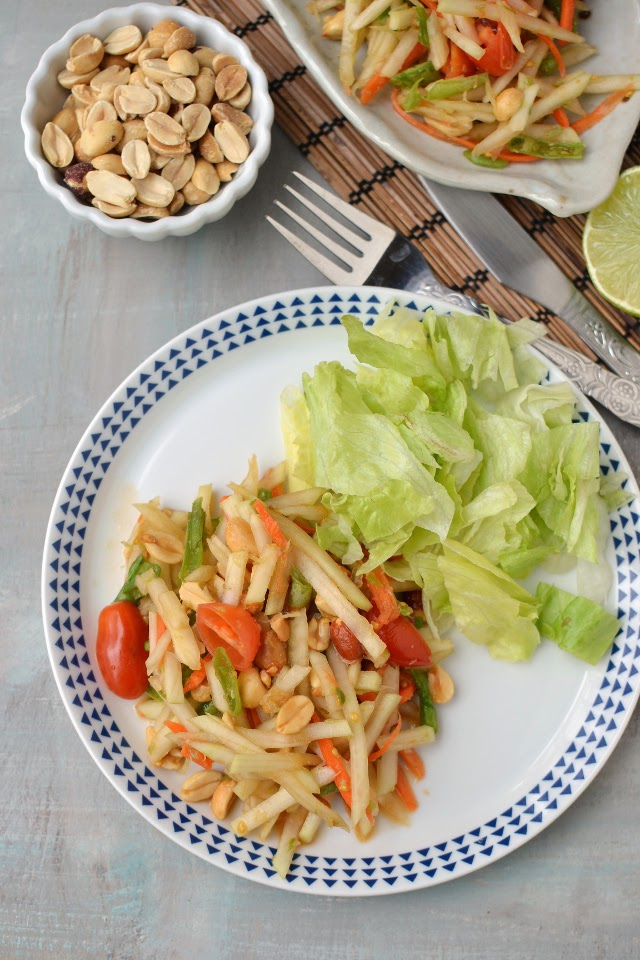Thai Green Papaya Salad (Vegan Recipe)