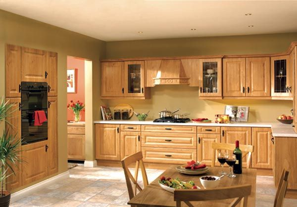 Modern furniture traditional kitchen cabinets designs for Oak kitchen ideas designs
