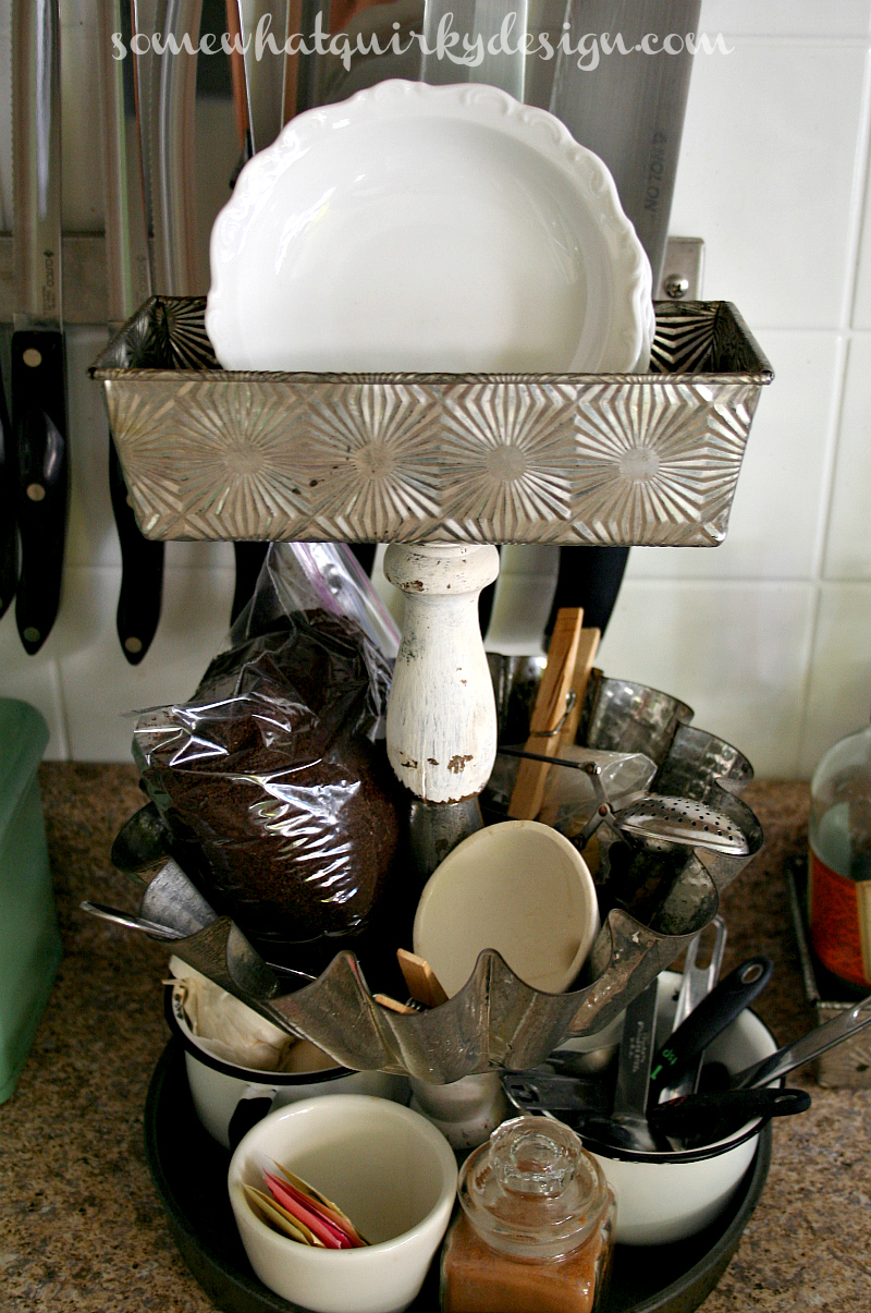 http://www.somewhatquirkydesign.com/2014/06/upcycled-vintage-bakeware-caddy.html