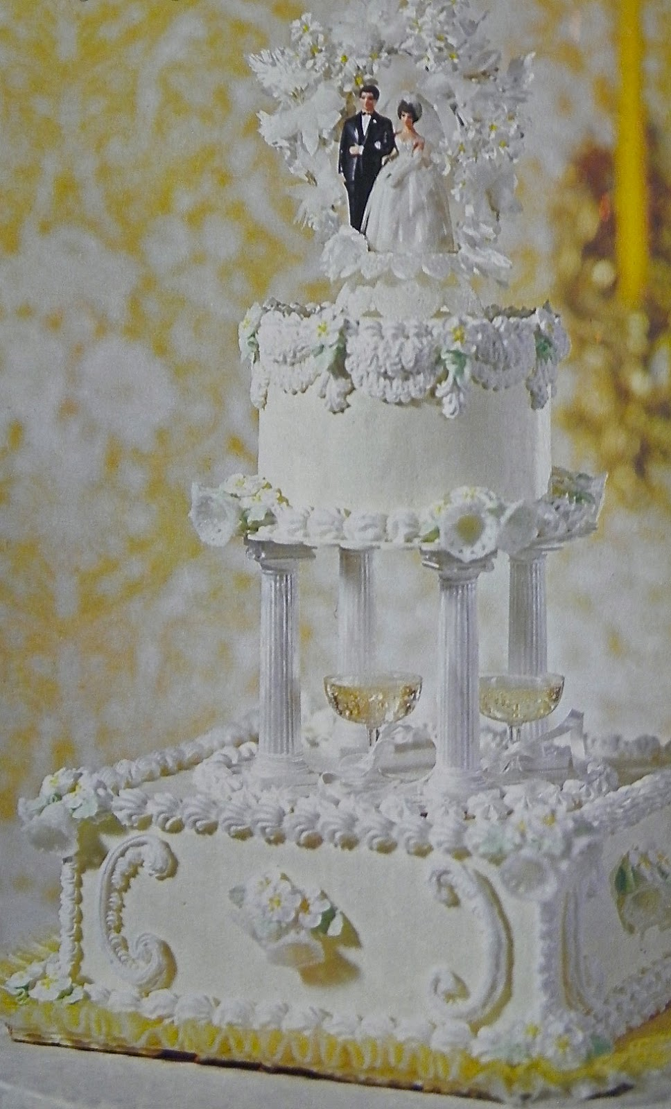 Good Things By David Vintage Wilton Wedding Cakes