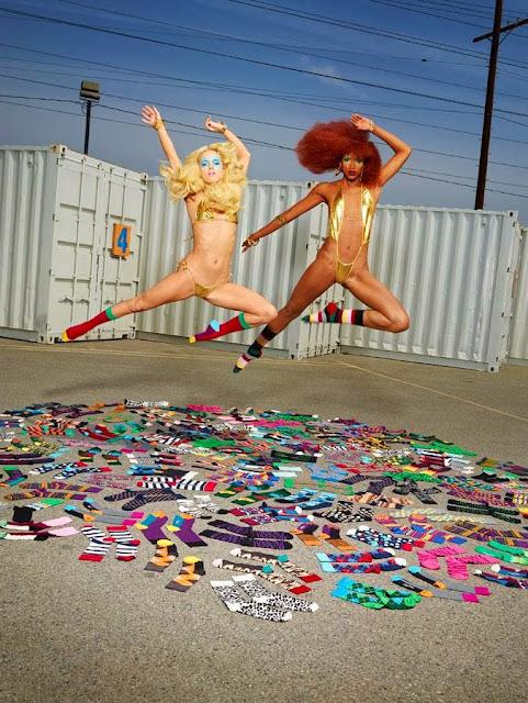 happy socks por David Lachapelle